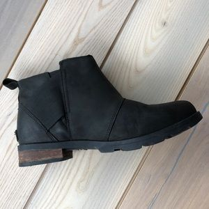 Sorel cute spring booties! (Emilie Chelsea boot)